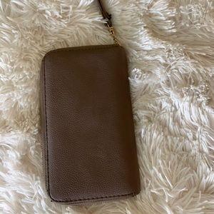 Grey Target Zip up wallet